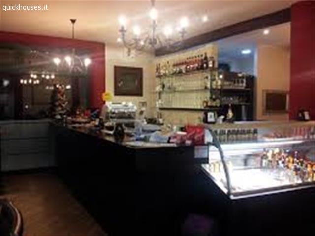 Padova bar a vigonza ristorante con arredamento moderno for Arredamento moderno bar