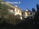 Due piani indipendenti  c/Giardino , a Sori , in villa