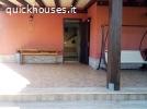 Villetta bifamiliare in residence con piscina