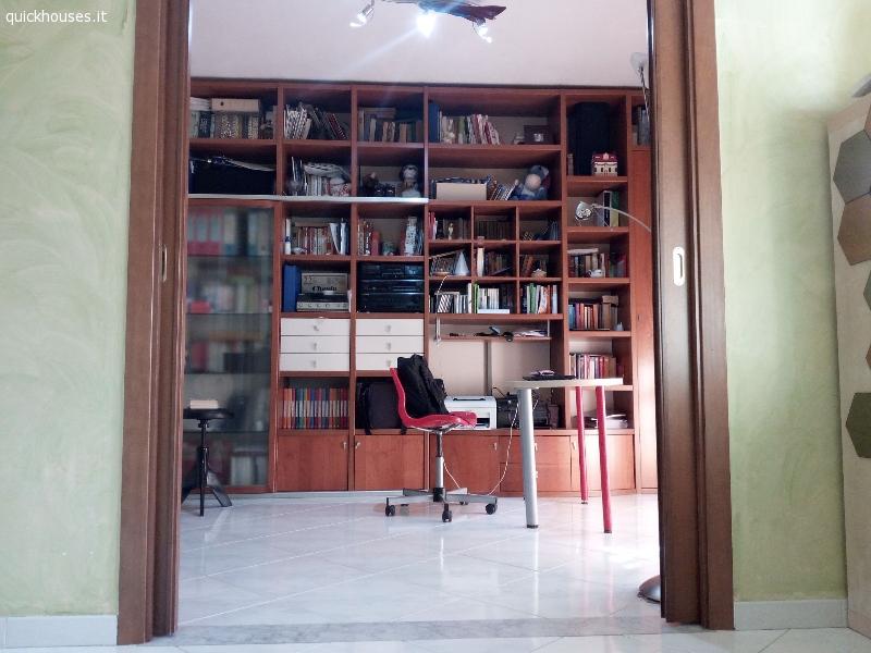 Napoli provincia volla appartamento arredato for Contratto affitto appartamento arredato